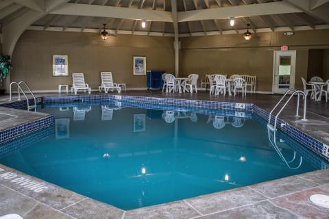 poolcourtyard1
